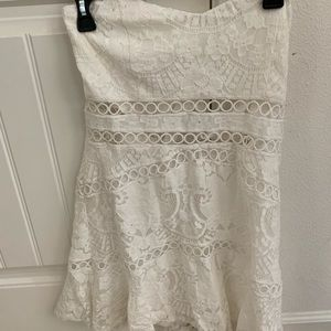 Tobi strapless lace dress!